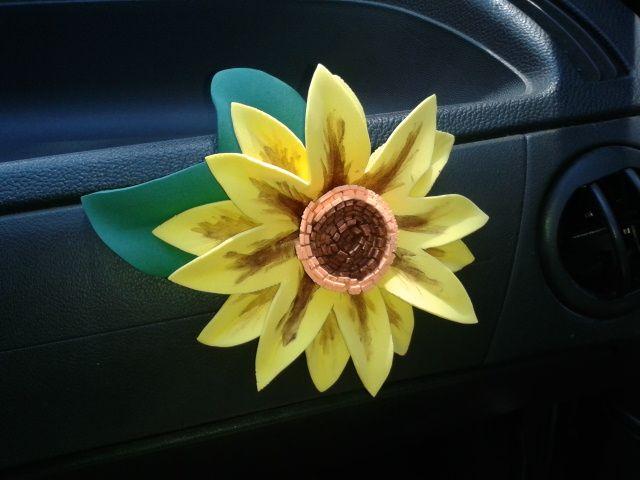 Flor de Goma Eva para el coche del CUBO ¡Totaaal! ...http://www.pozueloalcubo.es/