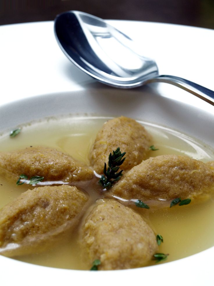 Consommé aux quenelles de patate douce et sarrasin (sans gluten)