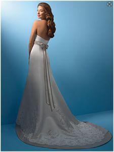 Nowa, Unikalna, Amerykańska Suknia Ślubna Firmy Alfred Angelo, Styl: 2105, Rozmiar 16 (USA), Kolor: Ivory (Kość Słoniowa)/Berry (Jagoda)