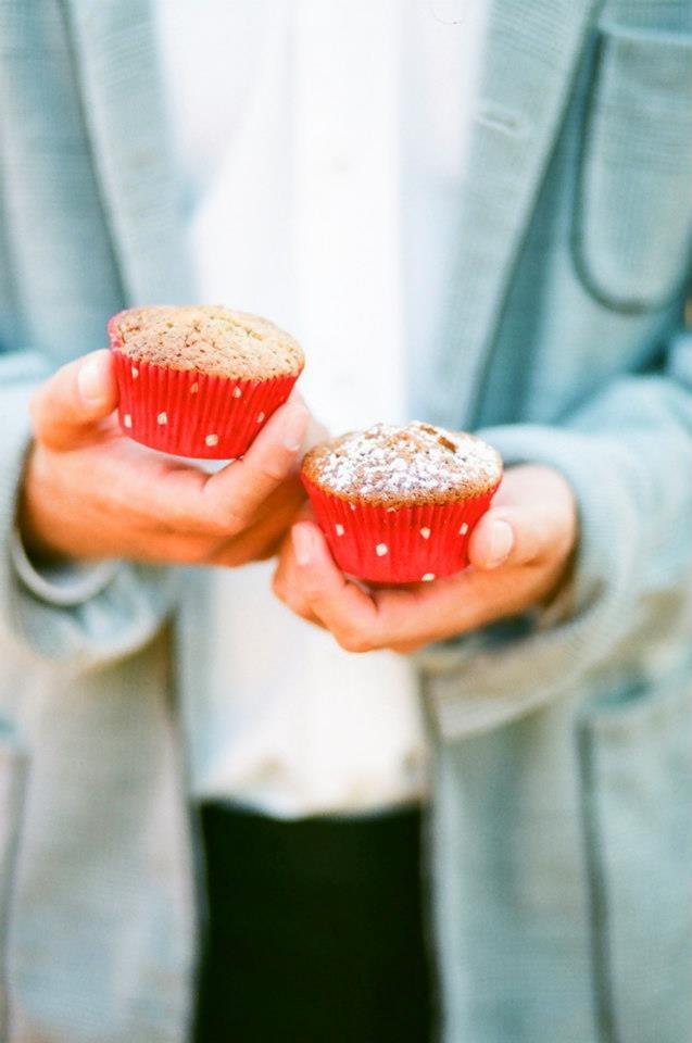 piros muffinok