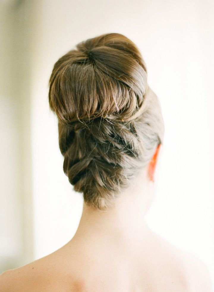 19 Pin Worthy Top Knot for Brides ~ we ♥ this! moncheribridals.com