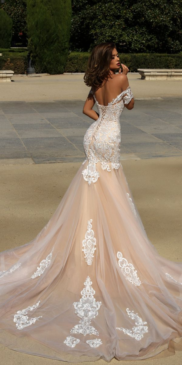 Fabulous Tulle & Acetate Satin Jewle Neckline Mermaid Wedding Dress With Lace Appliques