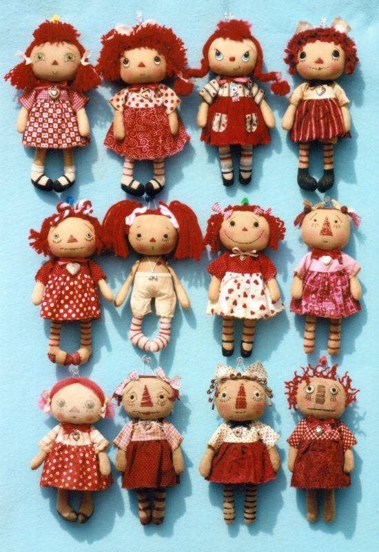 A Dozen Dollies