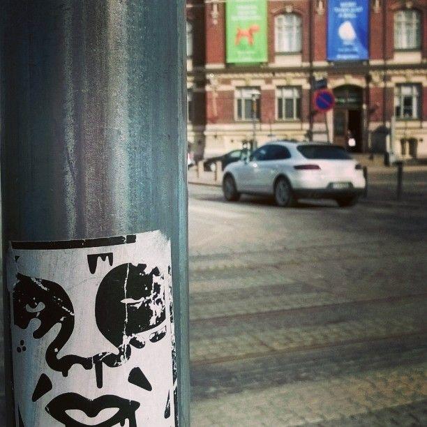 #streetart versus #design. #designmuseo #tarra #katutaidetta #Helsinki 13.4.16 #urbanart is our space. We can't switch that off... Said people yesterday