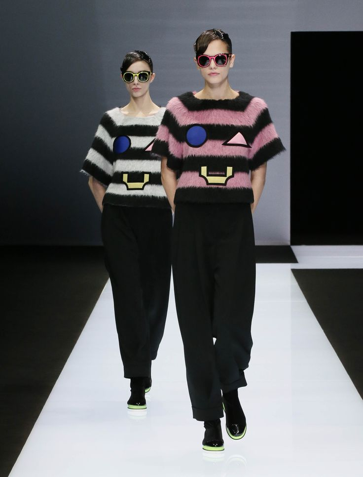 Looks from the #EmporioArmani Fall Winter 2016/2017 Women's collection.