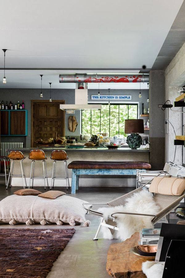 Good news for guests admiring the decor within this B&B Hotel: all items and furniture pieces are for sale! The owner of the hotel is design collector and dealer Bea Mombaers who is also running an eclectic design store in Knokke. What are your thoughts on this vintage Hotel?