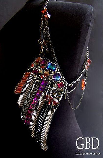 Wing Клатч - рок-н-ролл,крыло,рокерский стиль,кристаллы swarovski,японский бисер ТОНО