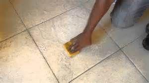Pesquisa Como remover cera de pisos. Vistas 2233.