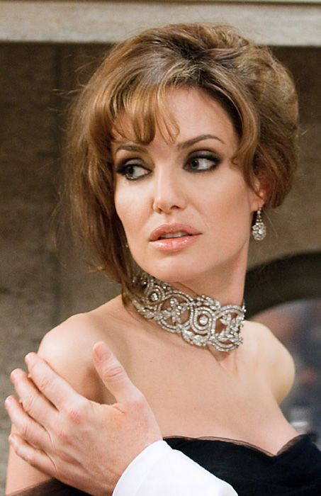 A look at Angelina Jolie's new jewellery collection - Photo 1 | Celebrity news in hellomagazine.com
