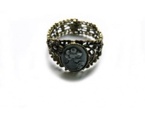 Vintage náramok cameo #vintage #vintagejewelry #womanology