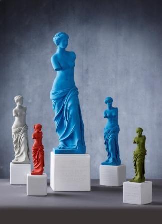 Venus Standing #statues #venus #philosophy #eternitytoday  #sophiaenjoythinking #colors #uniqueobjects #interiordesign