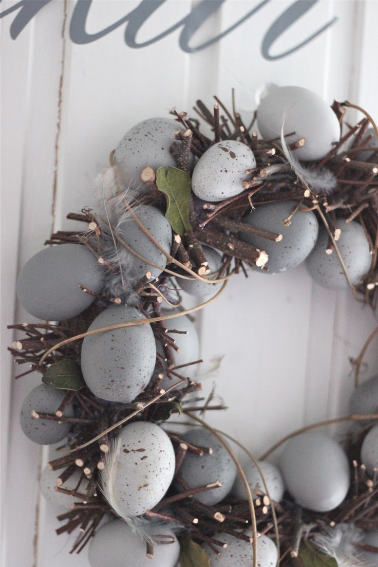 wreath with eggs