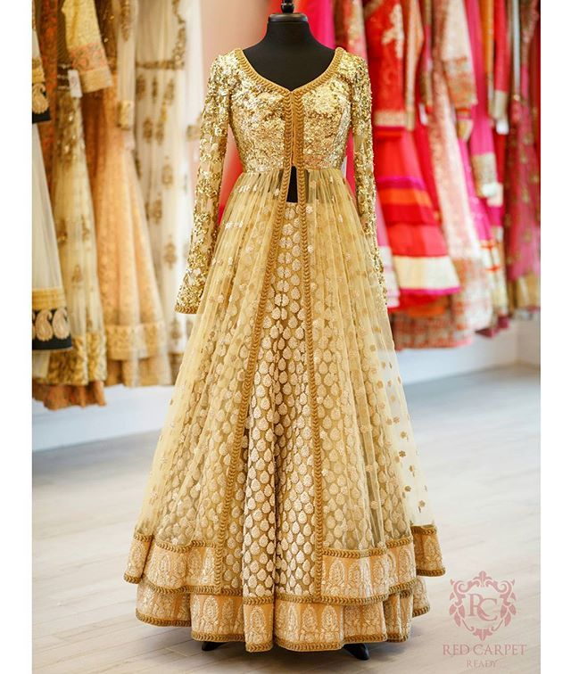 Here's the full view of our earlier sneak peak. A classic and elegant piece now featured on store and available to customize to your exact specifications and desires.  Photography: @deostudios  #RedGlamSquad #RedCarpet #glam #style #bridal #allthingsbridal #fashion #indianfashion #indian #indianwedding #punjabi #punjabiwedding #sikh #sikhwedding #hindu #hinduwedding #bollywood #desi #desibride #desicouture #couture #lehnga #delhi #mumbai #india #makeup #designer #vancouver #surrey #canada