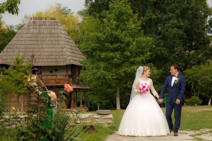 Tradiții de nuntă la Muzeul Arhitecturii Populare Curtișoara - Gorj