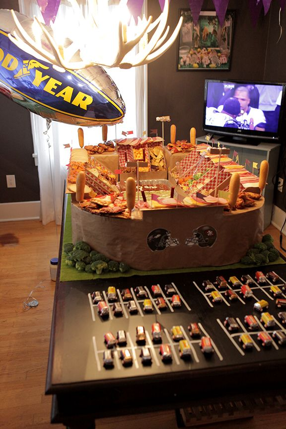 How to build a Super Bowl snack-stadium