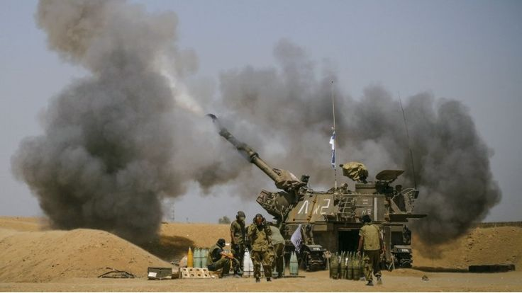 PA Photos/ IHS Janes: Επιπρόσθετα με την αναπτυσσόμενη χρήση των καθοδηγούμενων πυραύλων και ρουκετών, το Σώμα Πεζοναυτών ελπίζει να αντικαταστήσει τα M109 με νέα αυτοκινούμενα οβιδοβόλα.