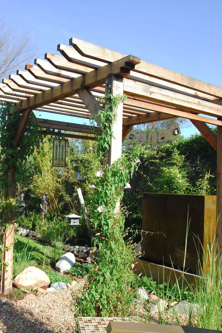 Custom trellis to match pergola landscapes by earth design - Garden 33 In Pasadena