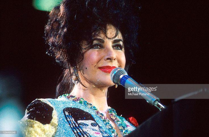 Elizabeth Taylor appears at the Freddie Mercury Tribute concert, Wembley Stadium, London, 20th April 1992.