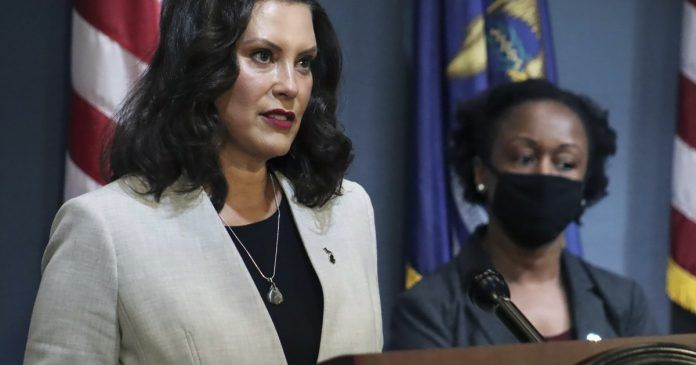 Gretchen Whitmer Encourages Citizens To Forcefully Make Others Wear Masks In 2020 Citizen Law Enforcement Officer Supreme Court Cases