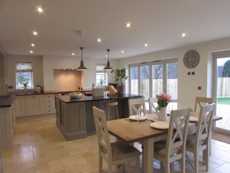 Boldmere House  Shipton Oliffe  rsj builders   Stenvall interiors. 25  best ideas about Kitchen Dining Combo on Pinterest