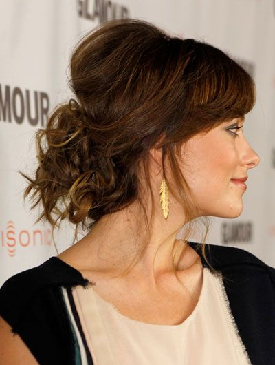 Meet the Updo That Manages to Be Messy, Soft and Ladylike All at the Same Time - Olivia Wilde
