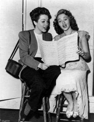 Jane Powell with Kathryn Grayson