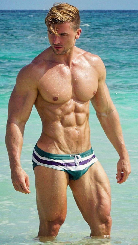 Free women nude beach