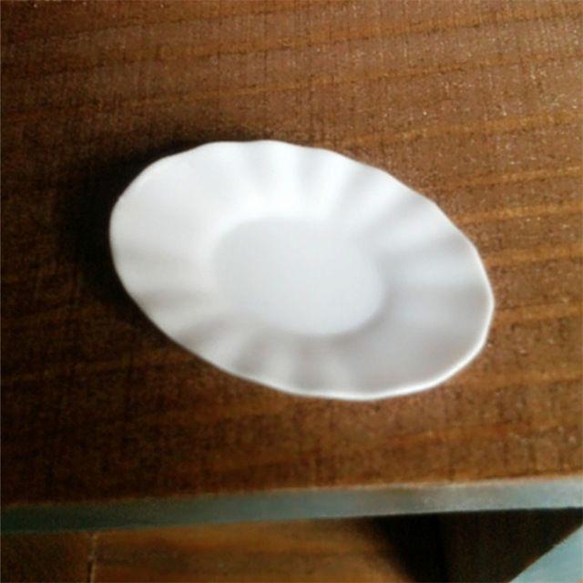 4 ШТ. Кукольные Домики Dishs Плиты Овальной Формы Высокого Качества 1 12 Dollhouse Miniatures Посуда Мини Белые Каваи Пластиковые Тарелки
