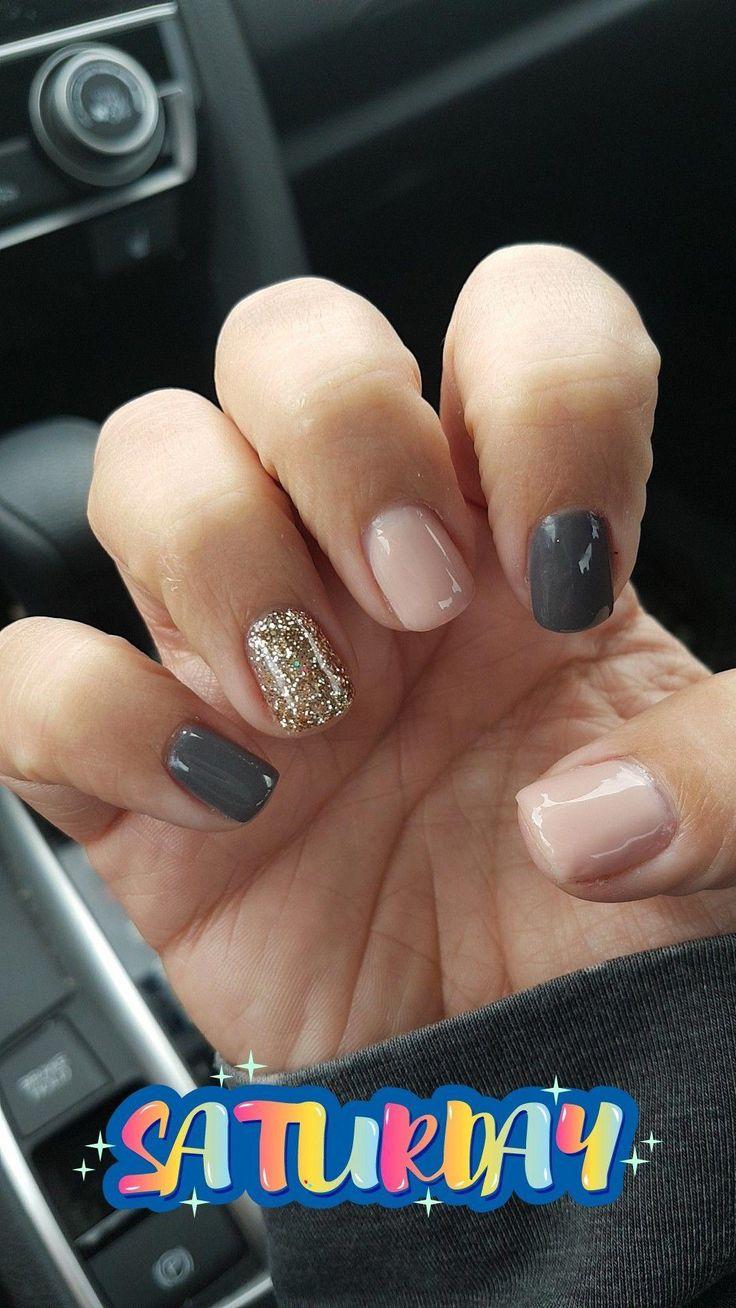 Jessica hat es geschafft Oktober 2017 … Graue, rosarote und goldene Glitzernägel #NailDesign …   – Nail Designs fall