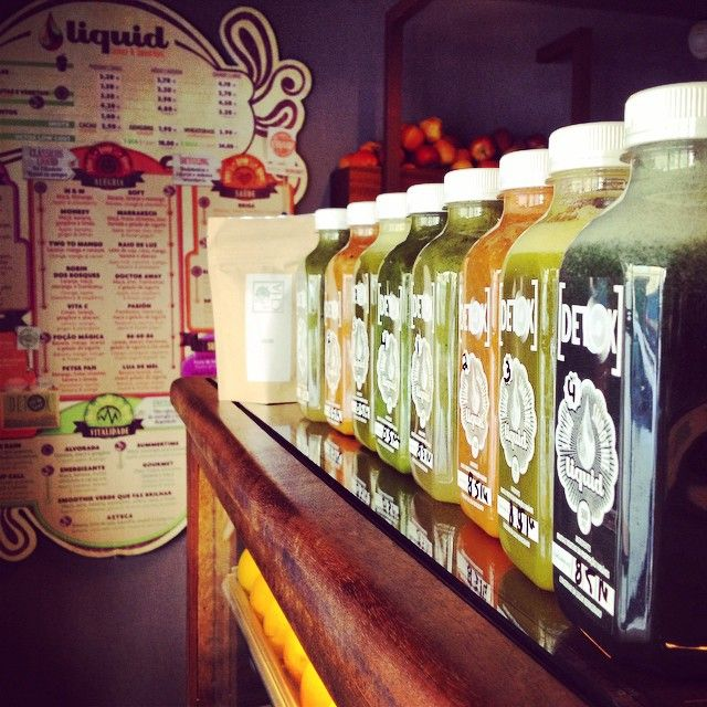 Liquid Juice Bar (Antiga Merendinha-Bar) Rua Nova do Almada, 45A 1200-288 Lisboa Telefone: 917 646 195