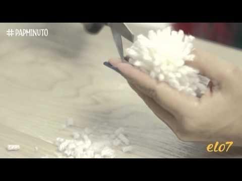 ¿Cómo hacer un conejito con pompón de lana? #DIYMINUTO - YouTube