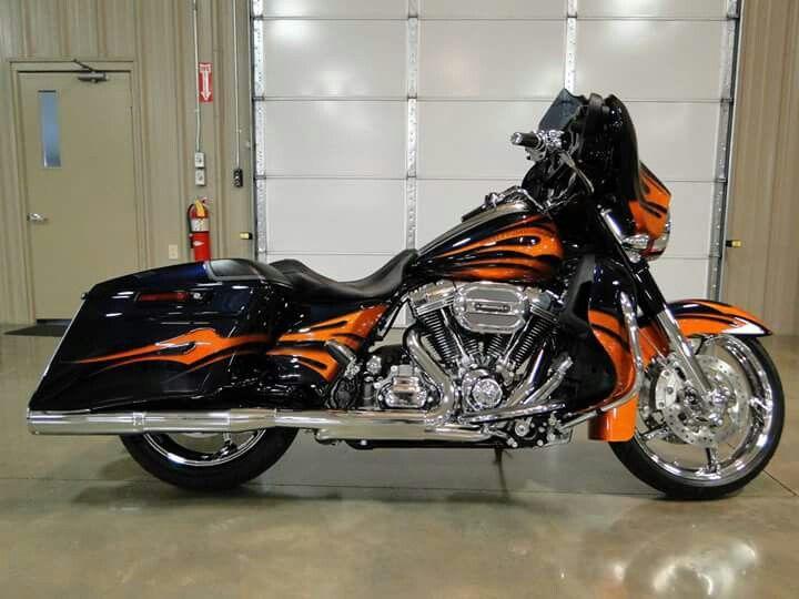 Harley Davidson CVO Screaming Eagle Street Glide
