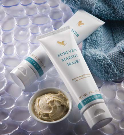 Forever Marine Mask. The Forever Marine Mask contains natural sea minerals which deeply cleanse and replenish the skin whilst balancing texture. With moisturising and conditioning properties of aloe vera, honey and cucumber extract, this deep penetrating mask leaves the skin feeling refreshed and revitalised.