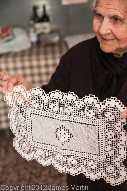 Lacemaker with Bosa filet lace