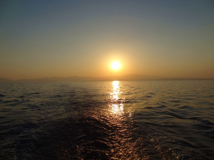 From Yithion heading for Elaia as the sun started to set.