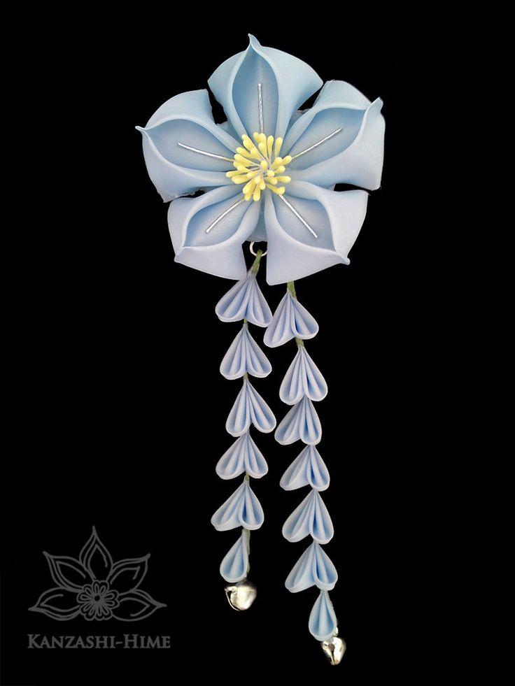 Blue Kikyo Kanzashi