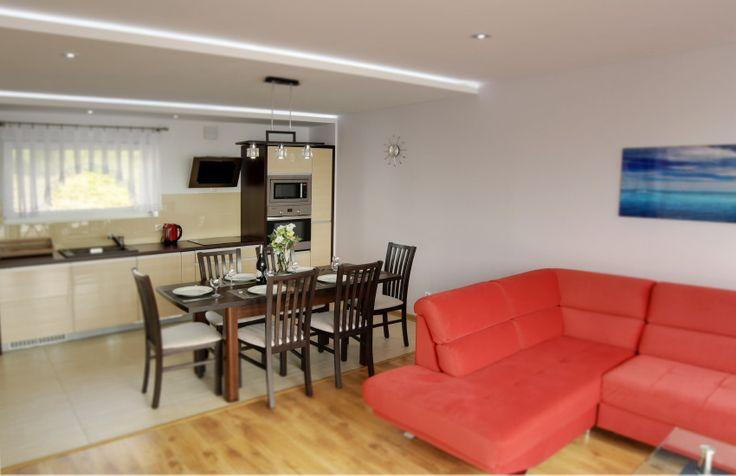Apartament Słoneczny*19 kuchnia-jadalnia-salon.