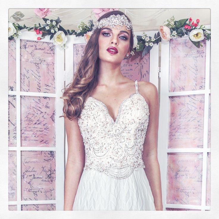 """Vestido De Novia """" Romantic Vintage """" #susanananiasnovias#fullpedreria #Vintage"""