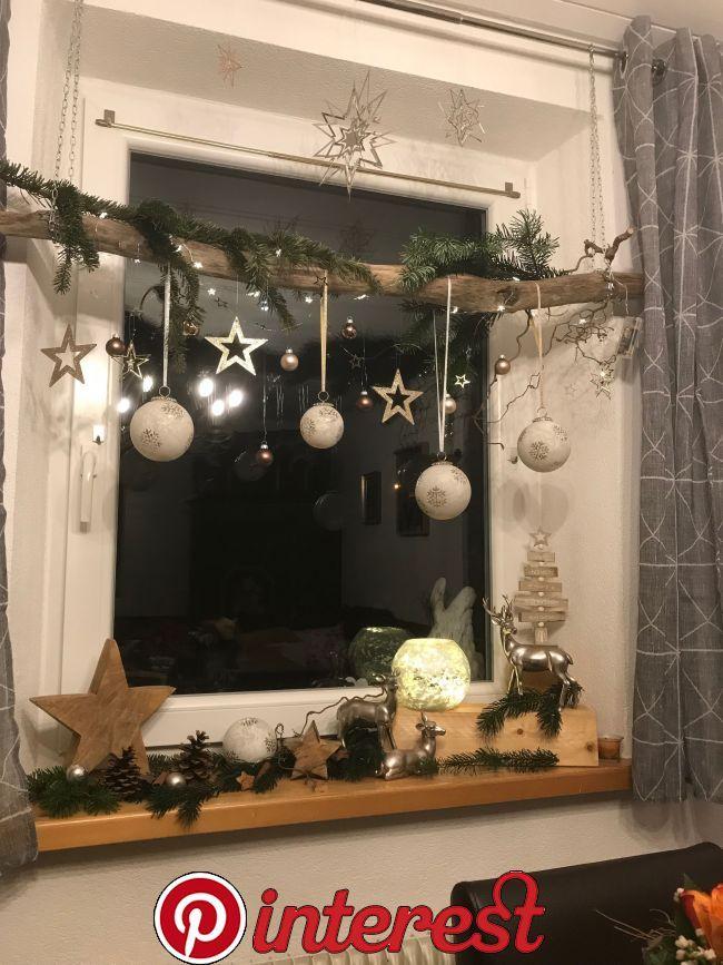 Weihnachtsdeco Selbermachen Pinterest Christmas Christmas Decorations And Xmas Christmas Window Decorations Christmas Decor Diy Natural Christmas Decor