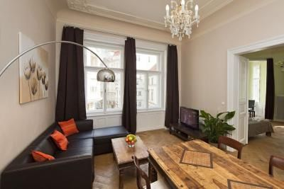 Dusni Apartments Prague Old Town  http://www.pragueapartments-k.com/apartments/?id=Dusni2D