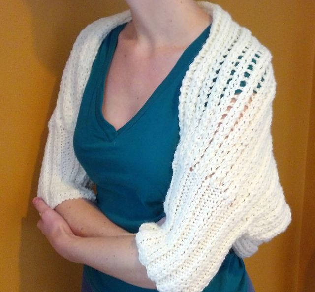17 Best images about Knit?Shrugs?Boleros on Pinterest Cable, Knit shrug and...