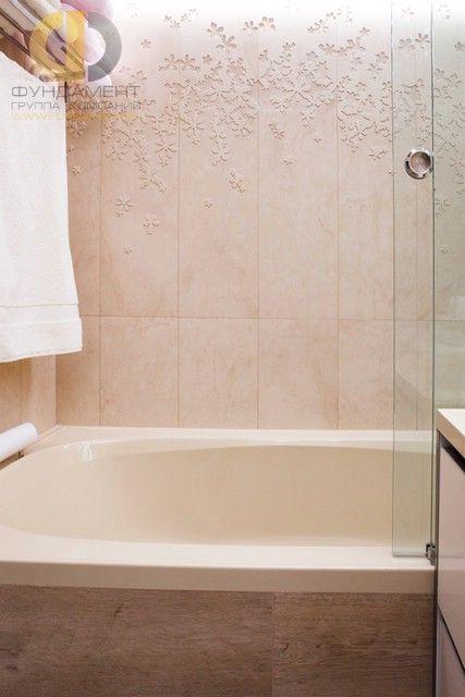 Ремонт двухуровневой квартиры в современном стиле. Фото ванной