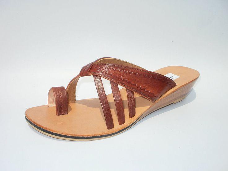 Sandalia de cuero de chivo repujada model: A916  #sandals #madeinperu #leather #stely #moda #peru #cuero #sandalia #shoes #summer