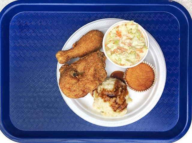 WOODY's Bar.B.Q. - Southern Fried Chicken, Mashed Potatoes, Coleslaw, Cornbread ウッディーズバーべキューのサザン・フライド・チキンとマッシュ・ポテトとコルスロとコーンブレッド #woodysbarbq #bbq #barbecue #friedchicken #yegfood #yegfoodie #food #foodie #foodporn #foodphotography #instafood #igfood #foodstagram #igfood #instafood #fooddiary #foodspotting #foodpic #foodpics #yum #yummy #hungry #delicious #tasty #sogood  #nomnom #nomnomnom #nom #美味しい #フライドチキン  Yummery - best recipes. Follow Us! #foodporn