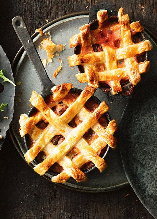 How to make Sausage & Baked Bean Pot Pies
