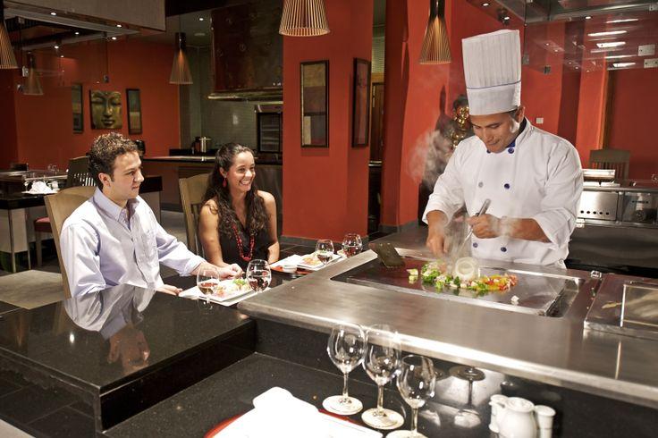Food tastes better if you make it live.  #IBEROSTARGrandBavaro #japanese #restaurant #chef #gastronomy