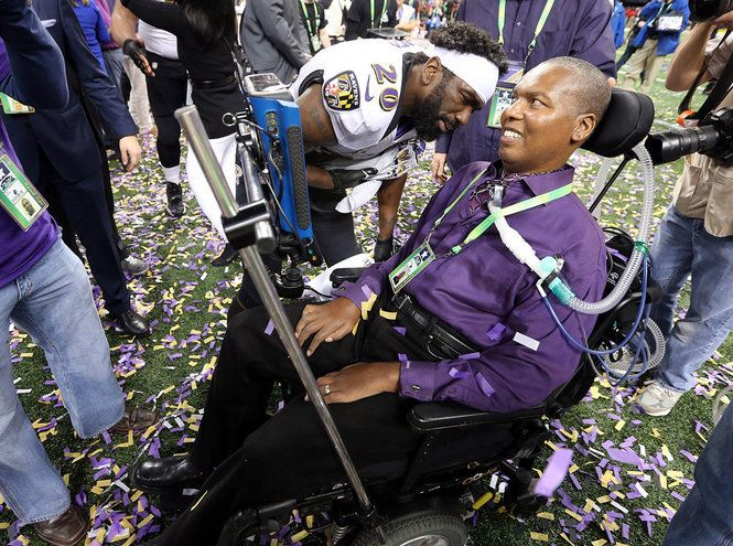 After winning the Super Bowl, Baltimore Ravens free safety Ed Reed (20) talks with former Ravens player O.J. Brigance who is battling ALS after Super Bowl 2013 in New Orleans, La., February 3, 2013. (Photo by Michael DeMocker, Nola.com | The Times-Picayune) 2/4/13