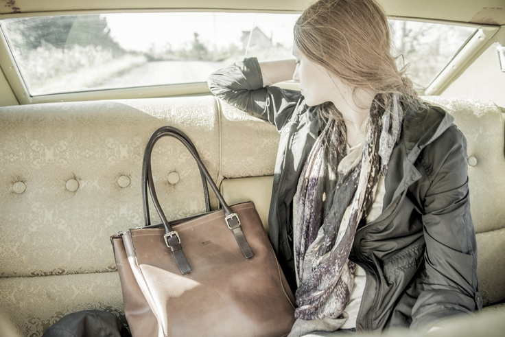 #m0851 | Women's Leather Jacket vkw3703, Scarf cmdsc16, Leather Shopping Bag bbbsh80 | Spring / Summer 2013 www.m0851.com/home/