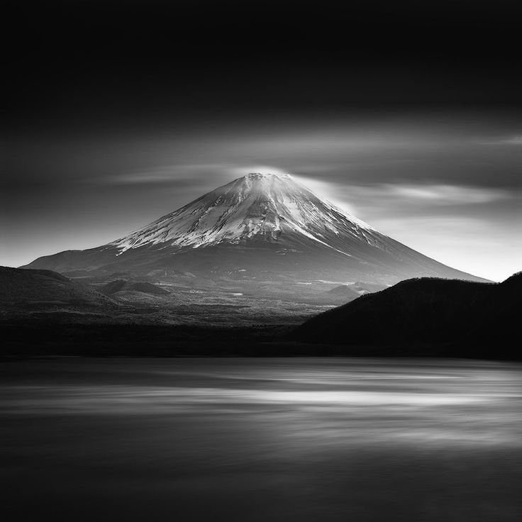 Mount fuji japan by michael de guzman