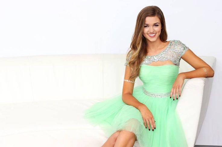 Sadie Robertson - Sherri Hill #ipaprom #prom
